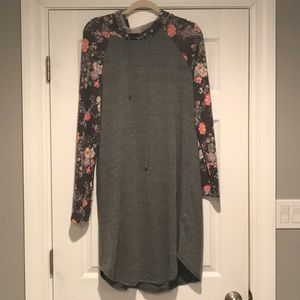 EUC Floral & Gray Tunic Hoodie - Size Large